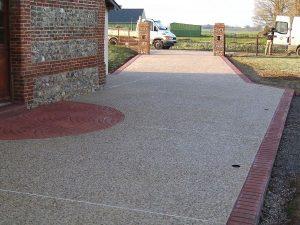 pavimento arido visto